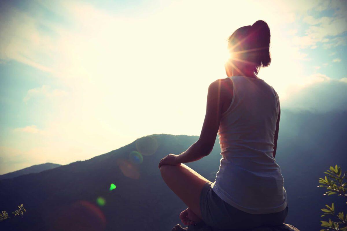 Covid, sempre più persone si affidano alla meditazione